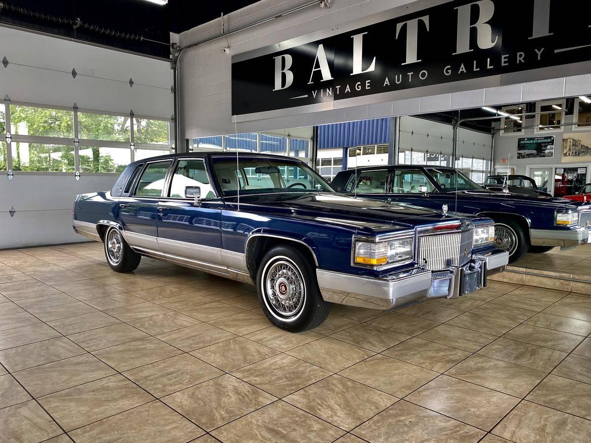 Cadillac Brougham V8 1990 prix tout compris 1990