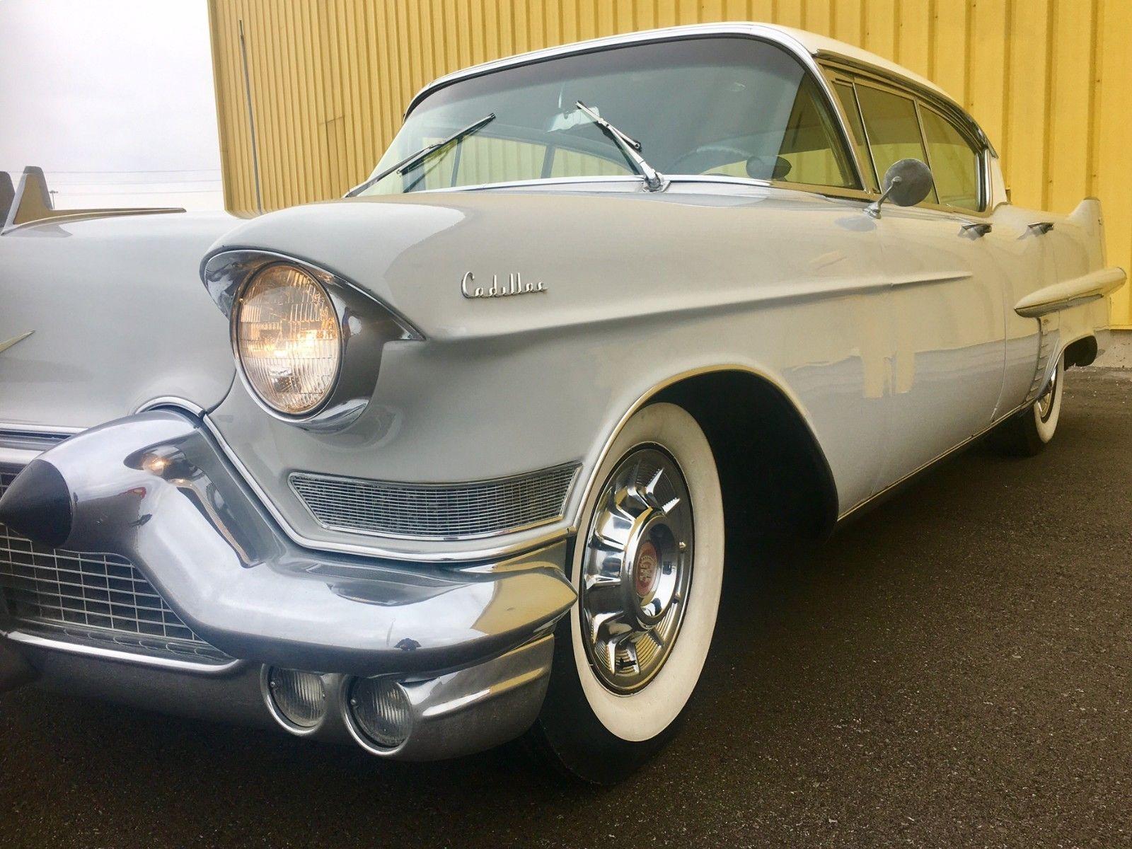 Cadillac DeVille Series 62 sedan