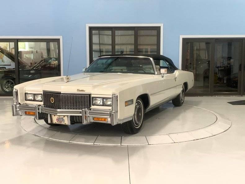 Cadillac Fleetwood V8 1976 prix tout compris 1976