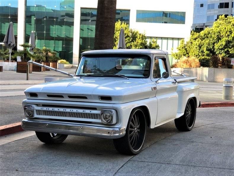 Chevrolet C10 1/2 tone shortbed 1965 prix tout compris 1965