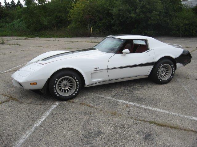 Chevrolet Corvette 1977 v8 prix tout compris 1977