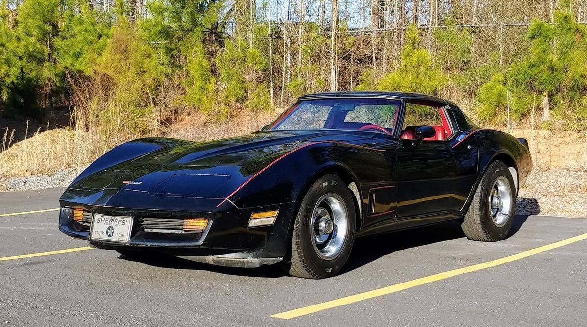 Chevrolet Corvette V8 350 1981 prix tout compris 1981