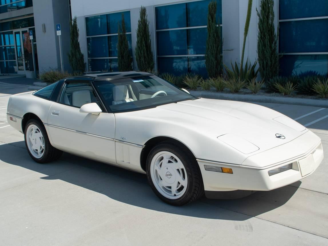 Chevrolet Corvette 35e anniversaire 1988 prix tout compris 1988