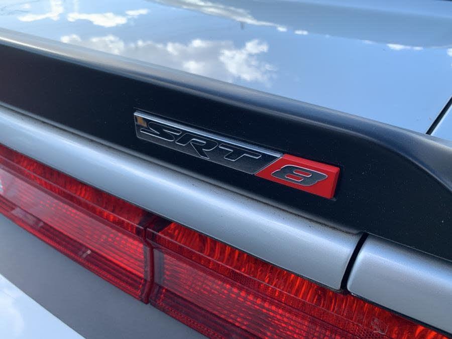 Dodge CHALLENGER Srt8 v8 prix tout compris hors homologation 4500€