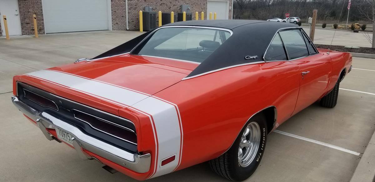 Dodge Charger 383 magnum1969 prix tout compris