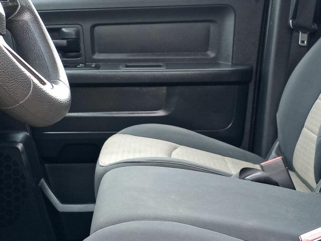 DODGE RAM Express quad cab 4wd 2012 prix tout compris hors homologation 4500€