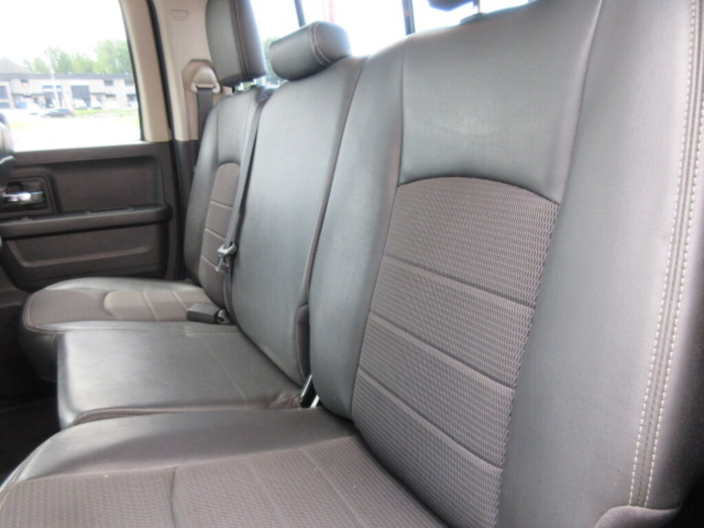 DODGE RAM Sport 4x4 double cab mags v8 5.7 l hemi 2012 prix tout compris hors homologation 4500e
