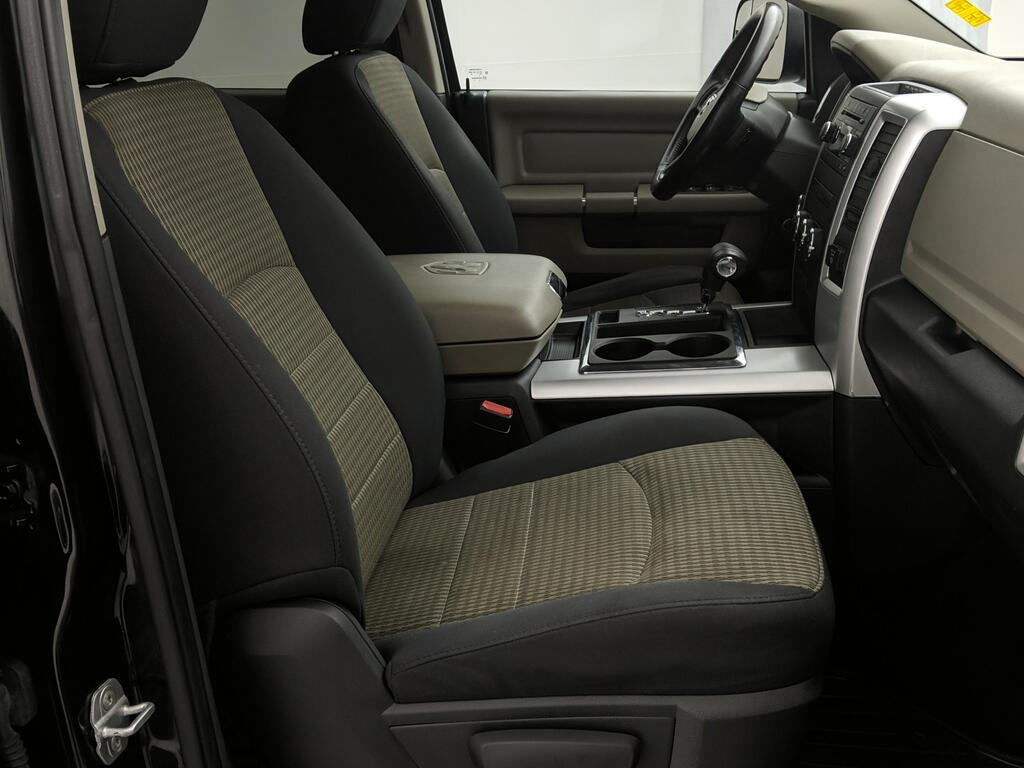 DODGE RAM 4wd crew cab 2012 prix tout compris hors homologation 4500€