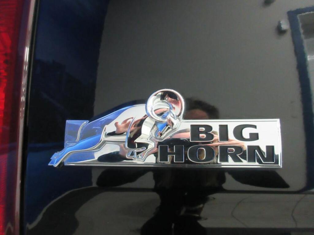 DODGE RAM Boite 8 slt bighorn 5.7l hemi 4x4 prix tout compris hors homologation 4500 €