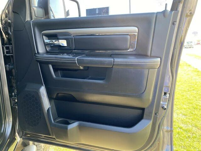 dodge RAM Boite8 sport quad cab 4wd 2015 prix tout compris hors homologation 4500€