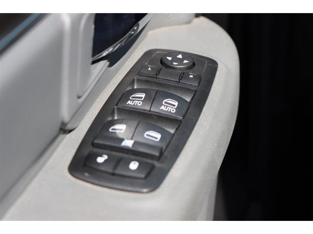 DODGE RAM Hémi boite8 crew cab slt 2016 prix tout compris hors homologation 4500€