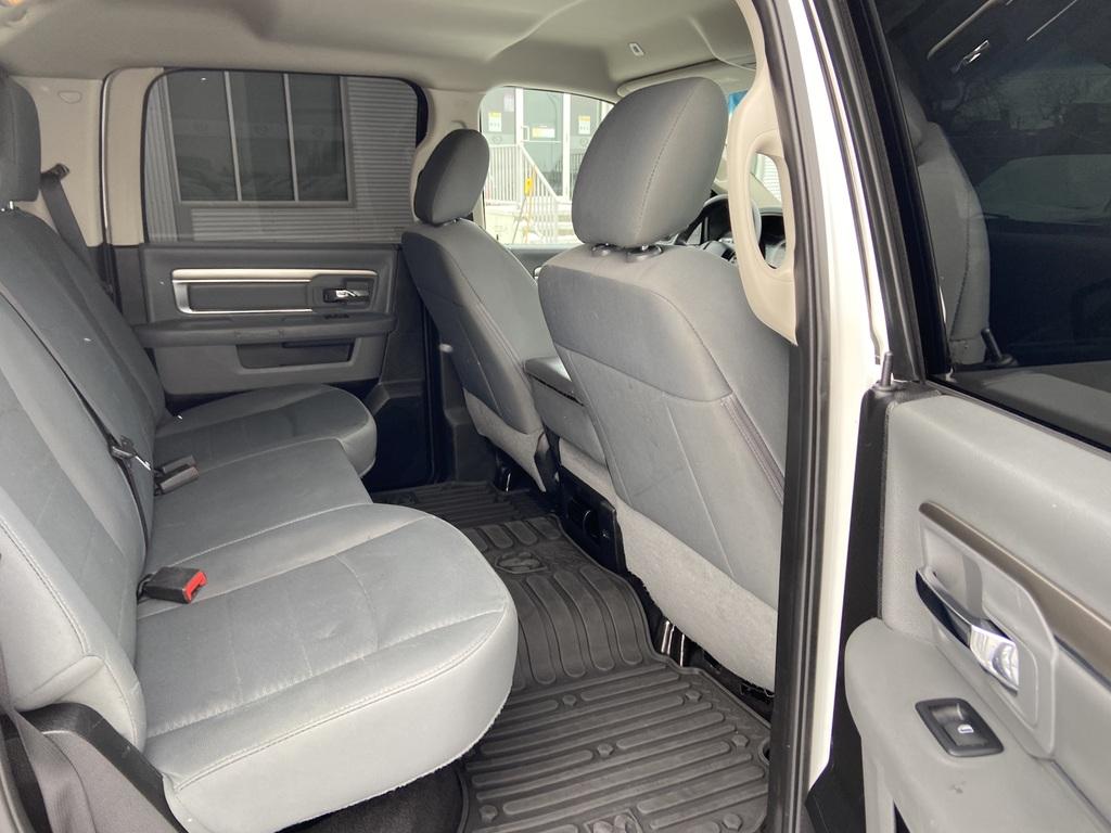 DODGE RAM Lt 4x4 crew cab remote stater / new tire 2018  prix tous compris hors homologation 4500€