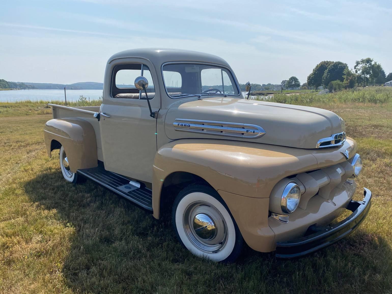 Ford F100 V8 flathead 1951 prix tout compris 1951