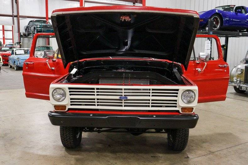 Ford F100 352 v8 4x4 1967 prix tout compris