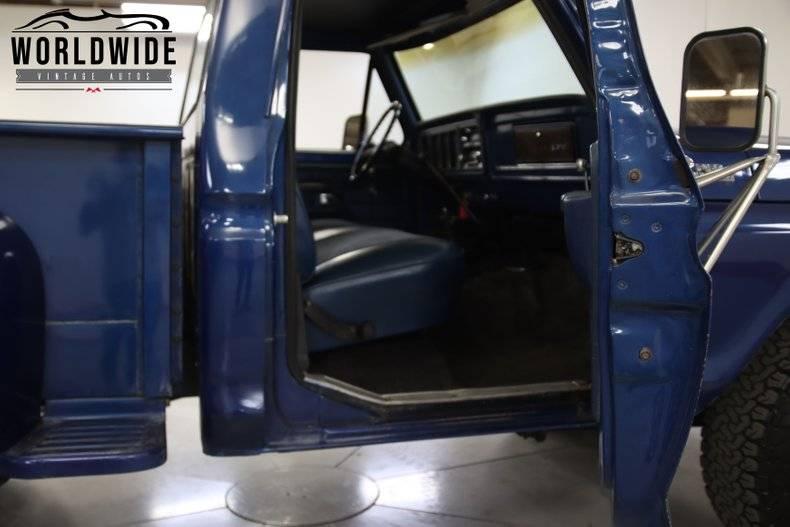 Ford F150 4x4 v8 400 1978 prix tout compris