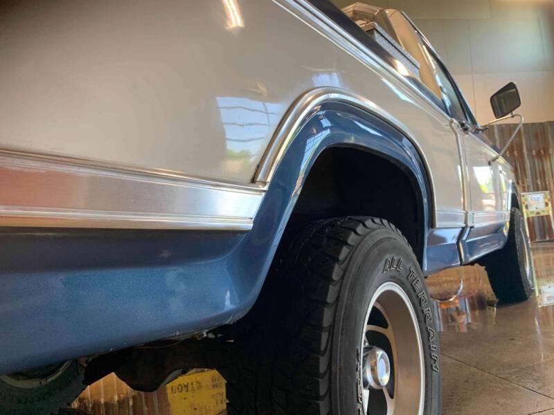 Ford F150 302 v8 1980prix tout compris