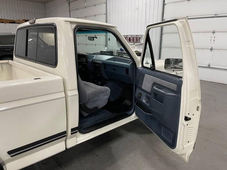 Ford F150 Xlt lariat v8 1989 prix tout compris