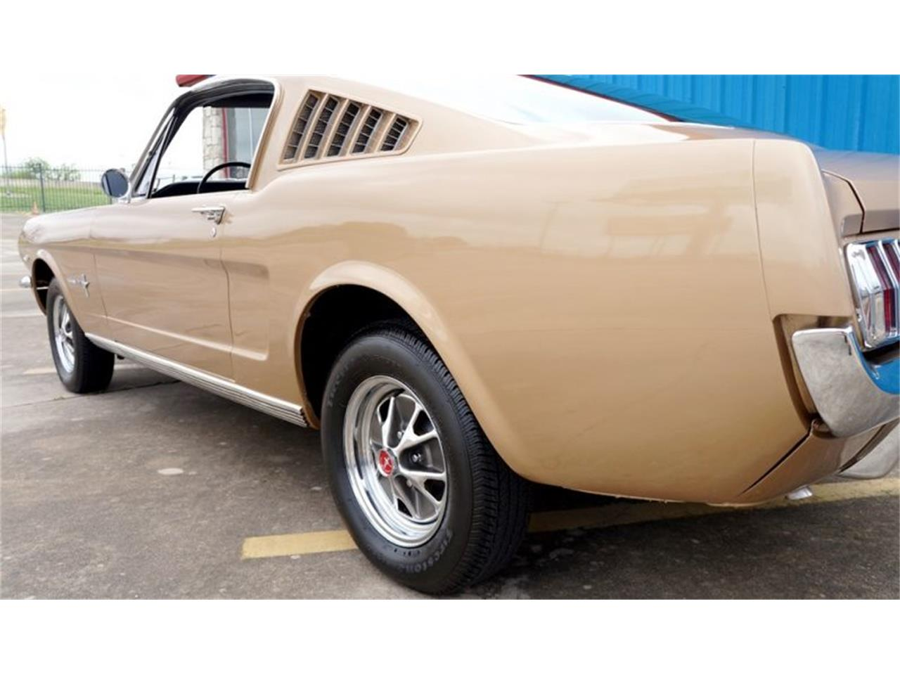 Ford Mustang Fastback matching 1965 prix tout compris
