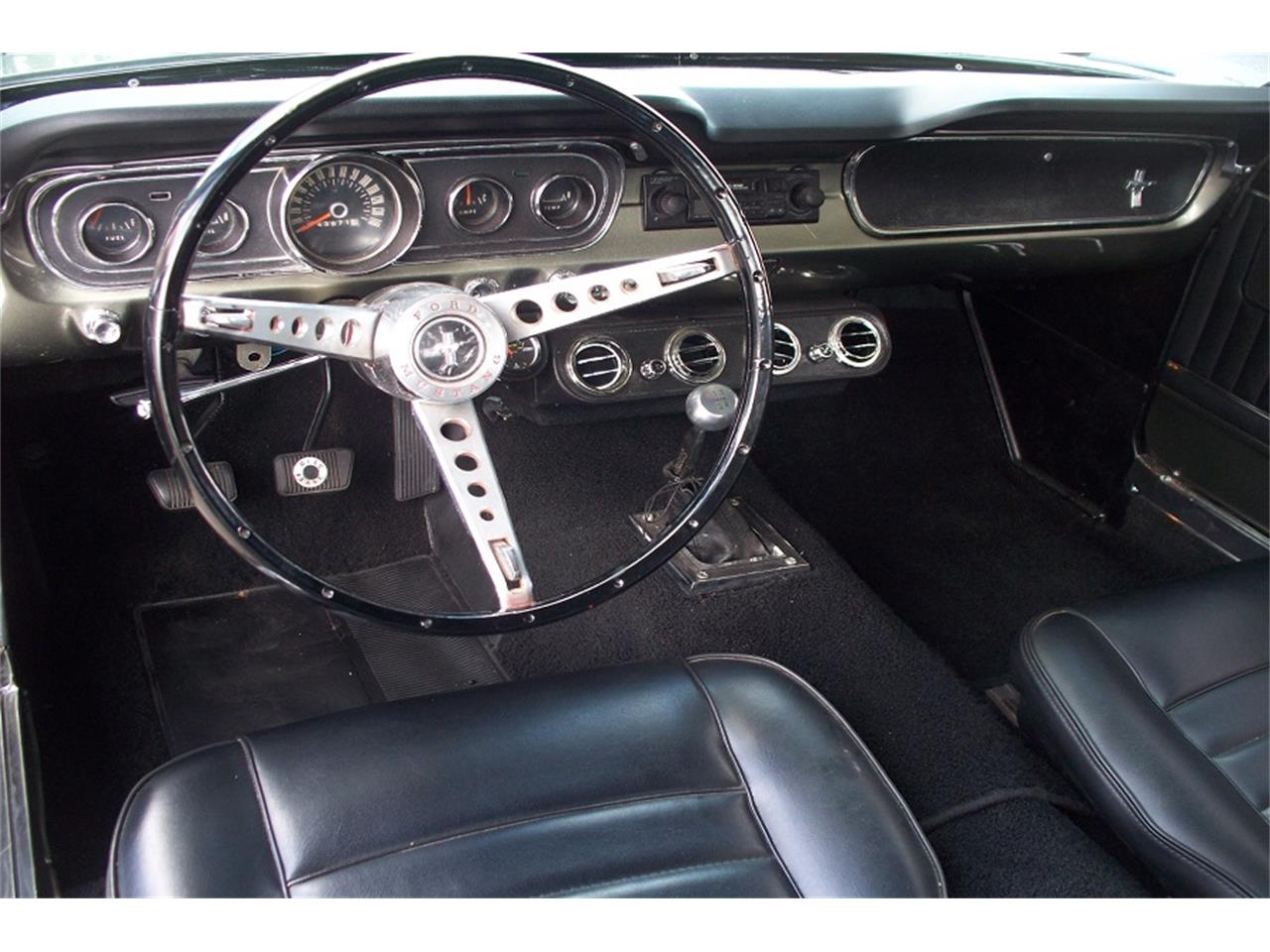 Ford Mustang 1965 v8 289 prix tout compris