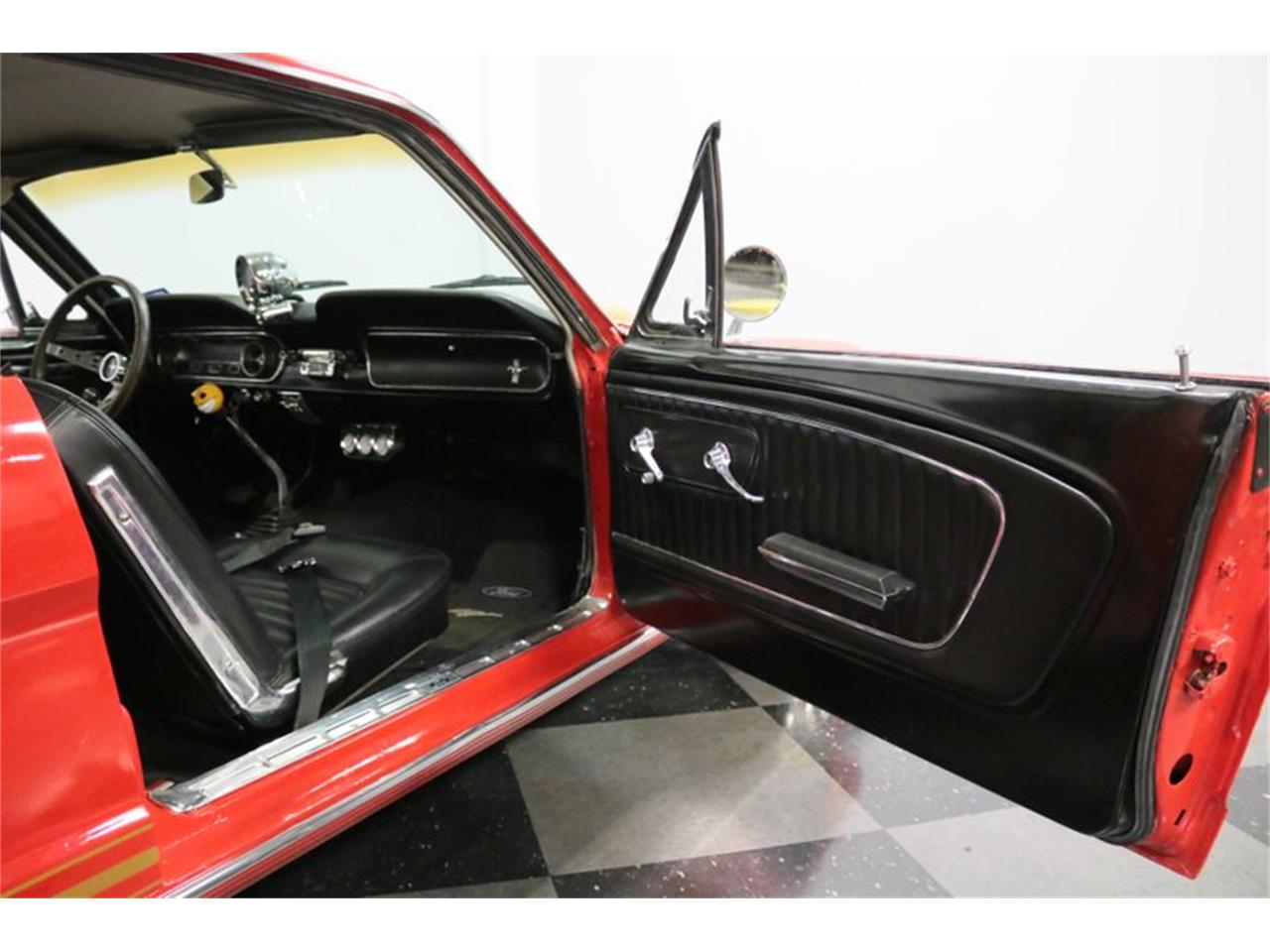 Ford Mustang V8 289 1965 prix tout compris