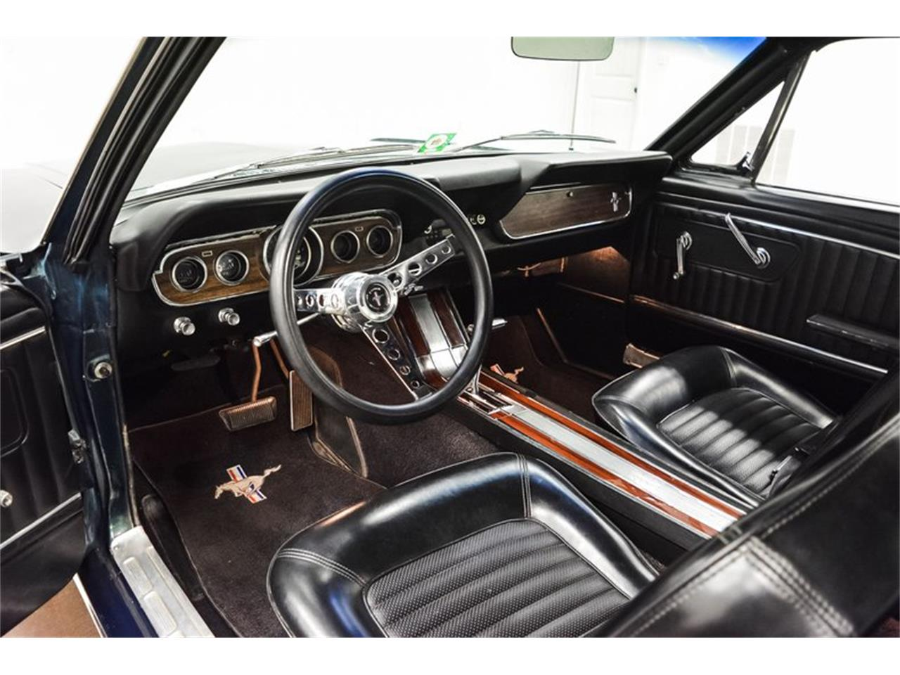 Ford Mustang V8 1966 prix tout compris