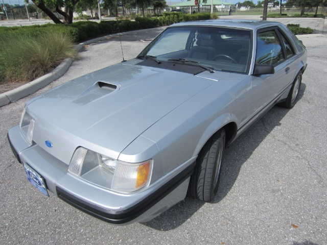 Ford Mustang Svo 3-door runabout