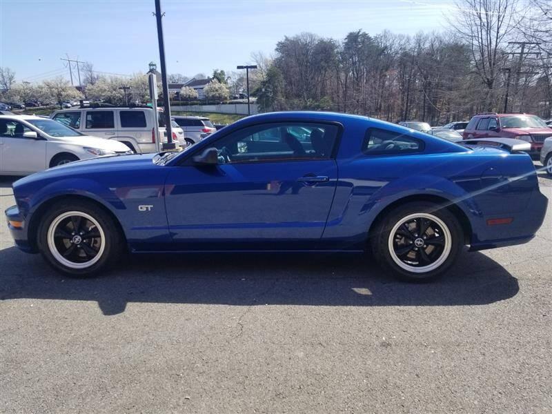 Ford Mustang V8 4.6 gt 2006 prix tout compris hors homolog 4500€