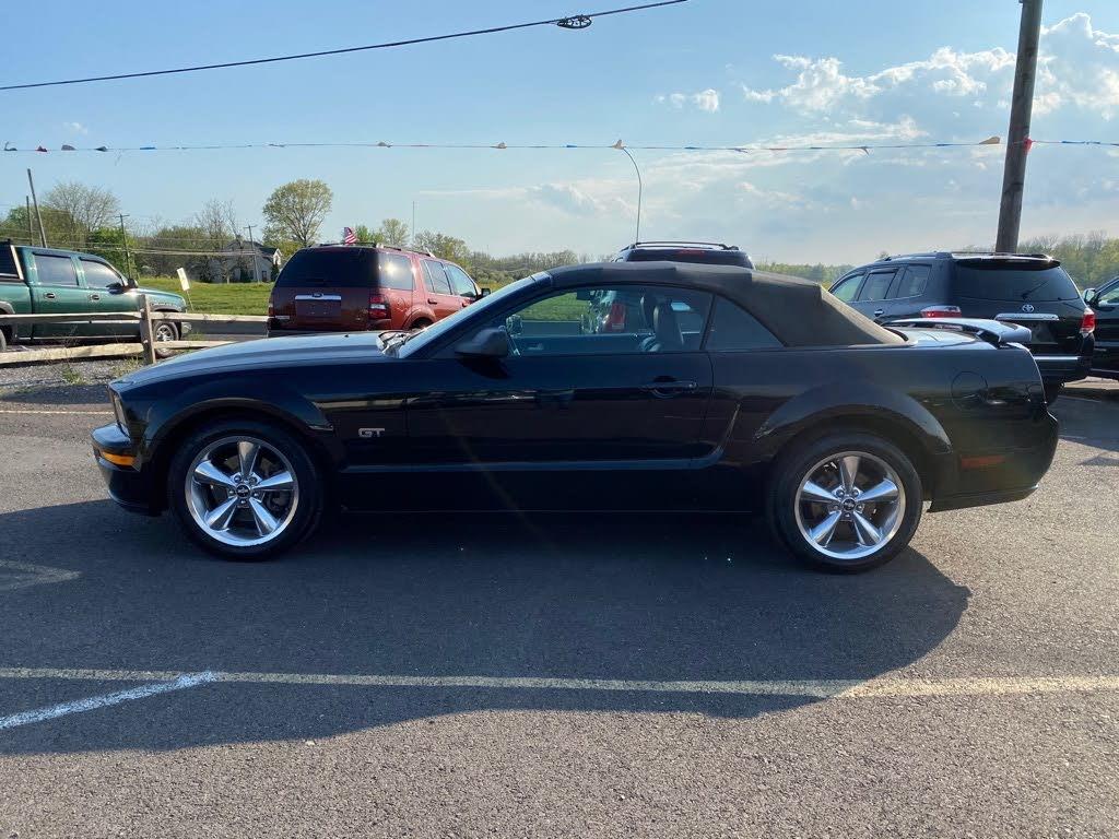 Ford Mustang Gt premium v8 2006 prix tout compris hors homolog 4500€