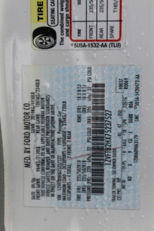 ford mustang Gt / cs v8 2007 prix tout compris hors homologation 450€