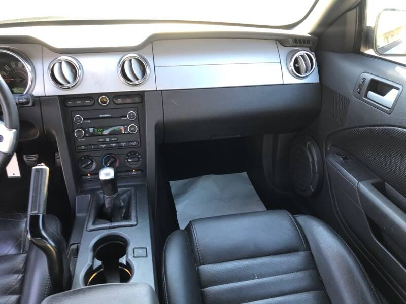 Ford Mustang 45éme anniv. gt v8 prémium 2009prix tout compris