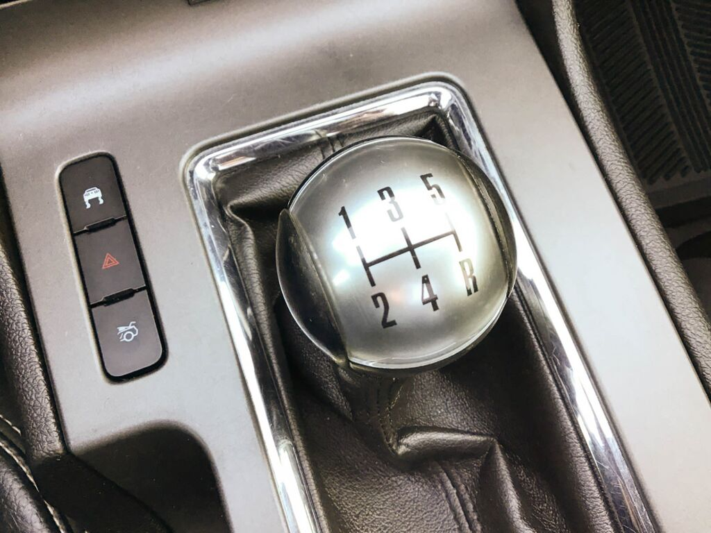 Ford Mustang Gt v8 toit panoramique 2010 prix tout compris hors homologation 4500€
