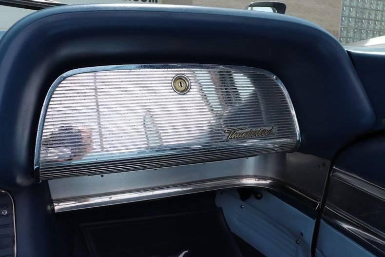 Ford Thunderbird Square bird 430 v8 1960 prix tout compris