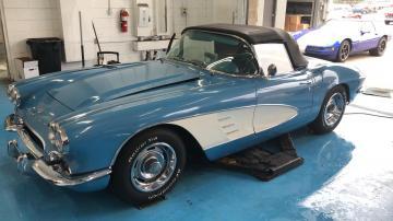 1961 Chevrolet Corvette V8 Prix tout compris