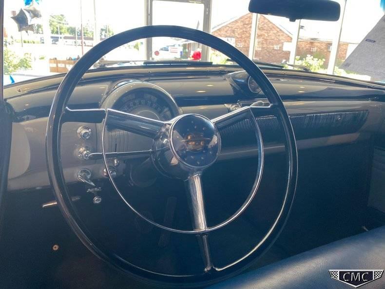 Oldsmobile 98 V8 rocket de 303 1950 prix tout compris