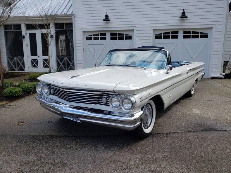 Pontiac Bonneville 389 v8 1960 prix tout compris 1960