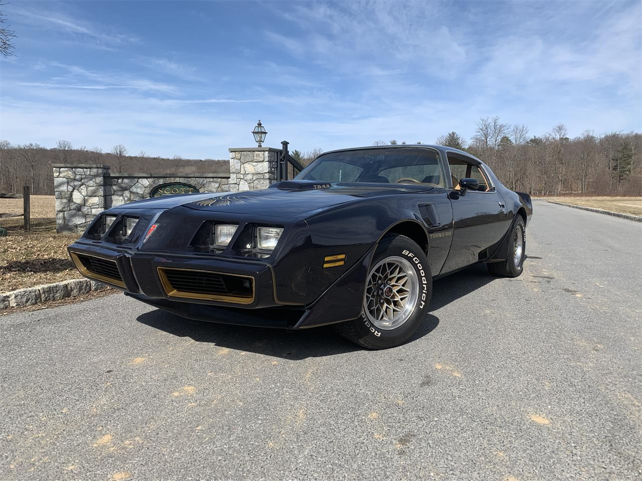 Pontiac Firebird Trans Am V8 video disponible prix tout compris 1980